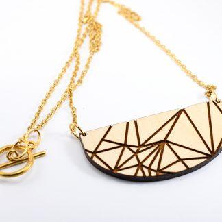 collier en bois gravés -collier géométrique - collier graphique - collier en bois écoresponsable - collier contemporain - bijoux léger - made in France - maison zéphyre -