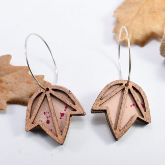 boucle d'oreille feuille - bijoux ecoresponsable - bijoux graphique - bijoux en bois - boucles d' oreilles feuilles - bijoux graphique - made in france - maisonzephyre